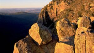 Booroomba Rocks - Attractions Brisbane