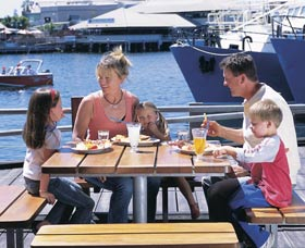 Fremantle Fishing Boat Harbour - Attractions Brisbane
